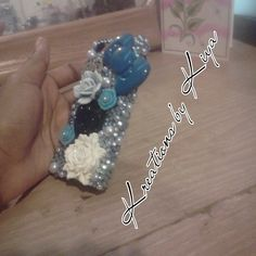 Right side of blue iPhone 5 bling case