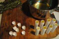 Homemade Eucalyptus-Orange-Peppermint Lip Balm on A Collaborative Effort #DIY #Homemade #Christmas