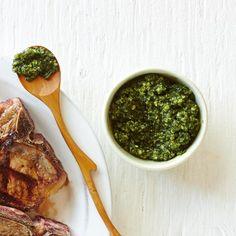 Pesto menthe et amande—Une variante intéressante au pesto traditionnel. Voir la recette Sauces, Palak Paneer, Healthy Recipes, Healthy Food, Salad, Cooking, Ethnic Recipes, Kitchen, Patience