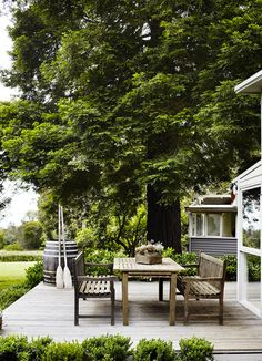 37 Beautiful Garden Pictures For You _ Engineering Basic Outdoor Areas, Outdoor Rooms, Outdoor Dining, Outdoor Furniture Sets, Outdoor Decor, Dining Area, Dining Table, Outdoor Retreat, Outside Living