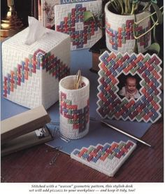 14 Premium Photo Frame On Stand Photo Frame Collage Plastic Canvas Box Patterns, Plastic Canvas Coasters, Plastic Canvas Ornaments, Plastic Canvas Tissue Boxes, Plastic Canvas Christmas, Plastic Canvas Crafts, Magazine Crafts, Pencil Cup, Needlepoint Patterns