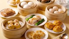Craving dim sum but don't want to go out to a Chinese restaurant? Try these 5 easy dim sum recipes and enjoy these goodies at home! Chinese Broccoli Recipe, Broccoli Recipes, Dim Sum, Healthy Meal Prep, Healthy Recipes, Fall Recipes, Authentic Chinese Recipes, Top 5, Best Dishes
