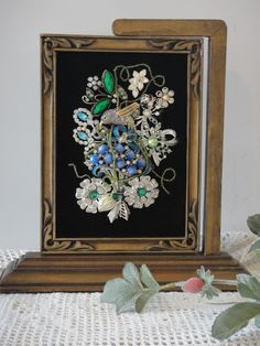 Vintage Jewelry Crafts My Vintage Renewed jewelry art is uniquely crafted using many pieces of vintage jewelry. They are housed in antique frames and come in a beautiful gift box for gift giving and storage. Jewelry Frames, Jewelry Wall, Jewelry Tree, Old Jewelry, Stylish Jewelry, Jewelry Ideas, Antique Jewelry, Jewlery, Nice Jewelry