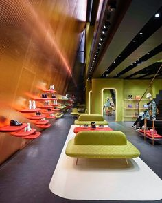 Herzog - Retail Design - Interior Design