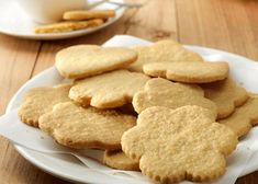 Simple Shortbread Cookies Recipe is delectable and simple to make sweet, nibble and customary Christmas treat. Exemplary shortbread treats f. Easy Shortbread Cookie Recipe, Vegan Shortbread, Shortbread Cookies, Cookie Recipes, Dessert Recipes, Desserts, Pancake Bites, Protein Pudding, Polish Recipes