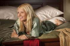 Gwyneth Paltrow portrays the role of ''Kelly Canter'' in the film ''Country Strong originaly titled Love Don't Let Me Down'' ''Εκεί που είναι η αγάπη'', a 2010 drama movie distributed by Screen Gems. Country Singers, Country Music, Im So Fancy, Country Strong, Music Film, Gwyneth Paltrow, Famous Women, Powerful Women, Beautiful Actresses