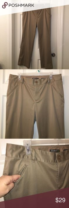"""Ladies EDDIE BAUER Khaki Trouser Pants sz 14 This is a pair of Ladies EDDIE BAUER Khaki Trouser Pants in a sz 14! Waist measures 36"""" and inseam measures 30""""❤good used condition! Happy poshing friends! Eddie Bauer Pants Trousers"""