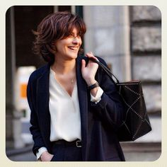 INES DE LA FRESSANGE: Advice of the day : you look tired , wear navy blue & have a nice bag , nobody will notice your face !