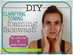 DIY all-natural clarifying & toning foaming facewash 1 cup filtered water cup liquid castile soap 5 teaspoons jojoba oil or sunflower oil i 2 tablespoons raw honey 1 tablespoon tea tree oil 15 drops lemon essential oil Make Beauty, Beauty Care, Beauty Tips, Beauty Stuff, Homemade Beauty Products, Natural Products, Body Products, Diy Cosmetic, Natural Face