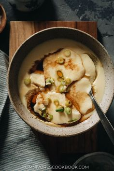 These homestyle Chinese steamed eggs give you a new way to enjoy one of the most versatile proteins there is, with their simple flavor and smooth, silky texture that you'll love. {Gluten-Free} Egg Recipes, Asian Recipes, Ethnic Recipes, Szechuan Recipes, Savoury Recipes, Chicken Udon Soup, Chicken Sauce, Pressure Cooker Oxtail, Chinese Steamed Fish