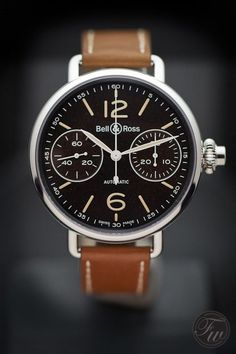 Luxury Watches For Mens Picture DescriptionBell & Ross - World War 1 Chronographe Monopoussoir Heritage Amazing Watches, Beautiful Watches, Cool Watches, Watches For Men, Dream Watches, Fine Watches, Luxury Watches, Men's Watches, Wrist Watches