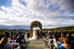 autumn wedding ceremony at one of the top Hudson Valley wedding venues @thegarrisonny - stunning Hudson valley view - NY wedding photographers Ulysses Photography