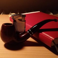 Having a great evening with some W.Ø. Larsen #pipes #tobaccopipecollectors #pipesmoking #smoking #tobacco #tobaccopipe #tobaccopipes#pipe #pipes #pipa #pfeife #pipesmoke #pipesmoker#pipesmokers #smokingpipes #pipesmoking #pipetobacco #pipecommunity #pipeporn #wearepipes #smoking