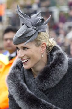 Zara Phillips, March 2012 in Amy Money Millinery Zara Hats, Zara Phillips, Millinery Hats, Love Hat, Royal Fashion, Hats For Women, Ladies Hats, Vintage Outfits, Winter Hats