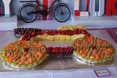 Fruit tray for a bicycle party - very cool! Bicycle Birthday Parties, Bicycle Party, Retirement Parties, 4th Birthday Parties, Bicycle Cake, Retirement Celebration, Fruit Birthday, 50th Birthday, Cupcakes