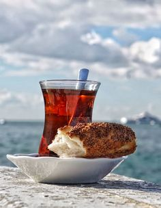 Tea Turkish Turkish Tea Turkishtea Turkey Istanbul Simit Turkish Bagels Bagels Food Drinks Glass Sky Sea Boshphorus Bosphorus Beverage Turkish Food Simit&Çay Outdoors Clouds Drink Food Photography Nobody Istanbuldayasam