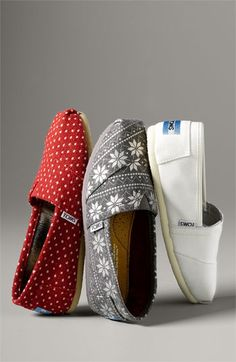 toms shoes make me think of summer