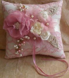 Ivory Ring Bearer's Pillow with Pink Lace and Pink and Ivory Accents Shabby Chic Pillows, Shabby Chic Crafts, Shabby Chic Pink, Ring Bearer Pillows, Ring Pillows, Wedding Ring Cushion, Wedding Pillows, Sewing Crafts, Sewing Projects