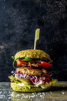 Homemade Dutch Weed Burger - Lisa goes Vegan
