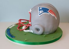 New England Patriots American Football Helmet Cake - Fitness and Exercises, Outdoor Sport and Winter Sport Football Helmet Cake, Football Birthday Cake, Birthday Cakes, 50th Birthday, Patriots Football, Football Fans, Football Positions, New England Patriots, England Football