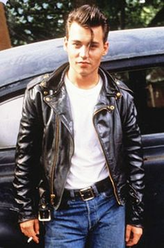 Johnny Depp in John Waters' Cry-Baby Greaser Guys, Greaser Style, Greaser Hair, Johnny Depp Cry Baby, Young Johnny Depp, Rockabilly Moda, Rockabilly Fashion, Rockabilly Style, 80s Style