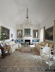 Classical Villa Near La Mairena | Afflante.com