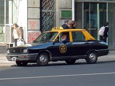 Buenos Aires: This Renault R12 is decked out in the typical taxi livery of Buenos Aires.