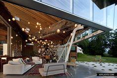The 23.2 House // Omer Arbel