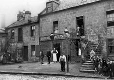 What a weird, twisted bunch temperance campaigners were. They didn& want to see pubs improve. They wanted them to remain miserable . Edinburgh, Glasgow Scotland, Old Pictures, Old Photos, Ireland Uk, The Second City, Amazing Buildings, Most Beautiful Cities, City Photography