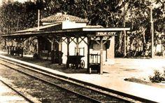 Polk City Train Station Lakeland Florida, Vintage Florida, Train Station, Abandoned, The Past, Lost, Cabin, History, House Styles