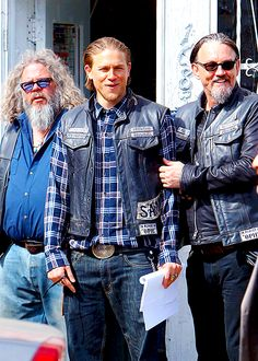SOA behind the scenes of S7...I live about 30 min from the fictional Charming and love how they reference cities close to us...I'm Lodi ...