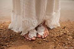 Barefoot Sandals Photo: Thamires Reis   Beauty: Bia Sato  www.ateliebemcasada.com.br https://www.instagram.com/ateliebemcasada/ ateliebemcasada@gmail.com