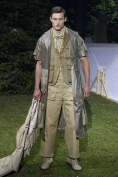 Moncler Gamme Bleu Spring-Summer 2017 - Milan Fashion Week #MFW