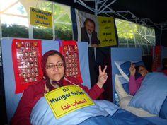 Hunger strike outside US Embassy in London 27/09/2013
