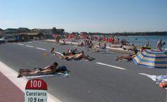 1 MAI LA plaja-vama-veche