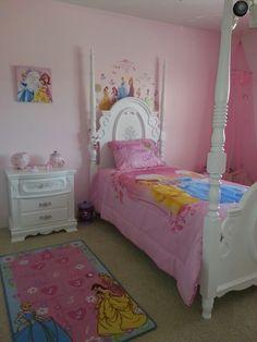 Princess bedroom I like the princesses about the head board.