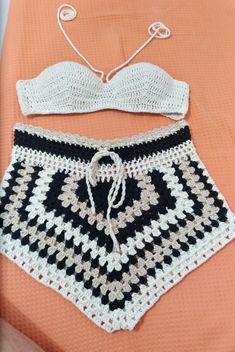 Crochet Pants, Crochet Crop Top, Crochet Poncho, Love Crochet, Crochet Clothes, Crochet Baby, Crochet Bikini, Crochet Designs, Crochet Patterns