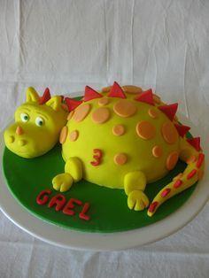 tuto gateau dinosaure - Recherche Google Dinosaur Birthday Cakes, 4th Birthday Cakes, 2nd Birthday, Dinasour Cake, Birthday Cake For Husband, Dino Cake, Dragon Cakes, Breakfast Dessert, Occasion Cakes