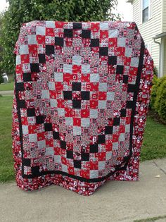 Ohio State quilt trip around the world pattern