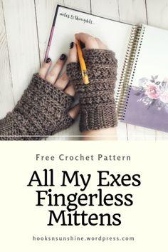 Crochet Fingerless Gloves Free Pattern, Fingerless Mittens, Knitted Gloves, Crochet Hand Warmers, Free Crochet, Crochet Hats, Crochet Granny, Crochet Accessories, Crochet Patterns