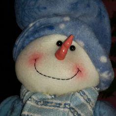 Mi #Pingüino ... el que me asusta en la noche cuando voy al baño. Parece un tipo en la sala. #Jejeje #Decorado #Deco #Navidad #Navidades #2014 #2015
