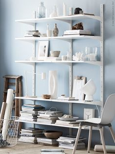 Storage space and decorative elements combined Wall Storage, Storage Spaces, Algot Ikea, Ikea Inspiration, Office Workspace, New Furniture, Shelving, Home Improvement, House Design