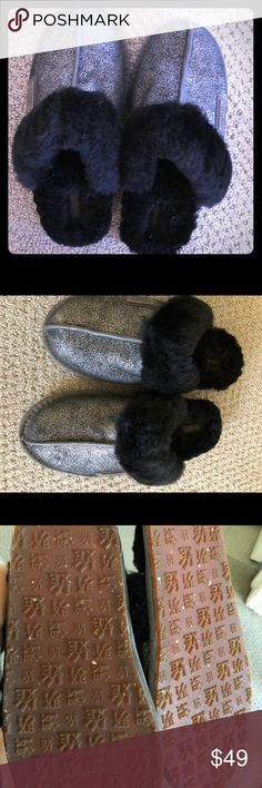 Australia Luxe black silver shearling slippers 6 Only worn twice inside so basically like new. True 6. Australia Luxe Collective Shoes Slippers