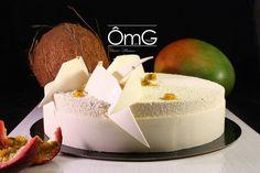 Exotica : Mousse passion, confit de mangue , croustillant caramel , biscuit coco.