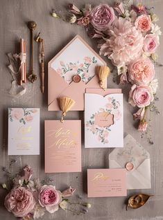 The wedding invitations card gold for glamorous wedding invites - Wedding Invitation Video, Personalised Wedding Invitations, Wedding Stationery, Gold Invitations, Invites Wedding, Wedding Invitation Card Design, Gold Color Palettes, Gold Color Scheme, Gold Colour