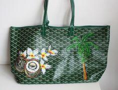 Aprenda a customizar sua bolsa http://vilamulher.com.br/moda/acessorios/e-hora-de-renovar-aprenda-a-customizar-sua-bolsa-de-grife-14-1-34-318.html #craft #diy #bags