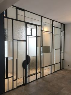 Creation of an art deco style canopy. Design and production in . - Creation of an art deco style canopy. Design and production in our workshops. Wall Partition Design, Glass Partition Wall, Glass Partition Designs, Art Deco Design, Glass Design, Door Design, Art Deco Style, Art Deco Door, Art Deco Glass