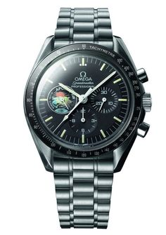 Omega Speedmaster Apollo 13 - this model, commemorating the anniversary of the Apollo 13 space mission in is a favorite among collectors. Omega Speedmaster, Sport Watches, Cool Watches, Watches For Men, Wrist Watches, Apollo 11, Gifts For Photographers, Vintage Omega, 60th Anniversary