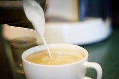 Jak spienić mleko do kawy ?