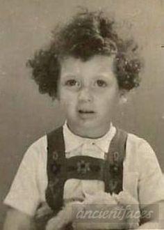 Hedwig Goldstein-Hedwig was only 4 when she was sadly murdered at Auschwitz-Birenkau on Oct 1, 1942.